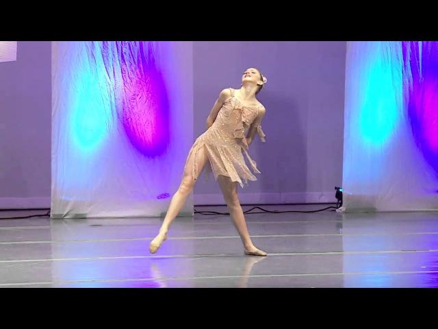 Wreck It - Chloe Lukasiak- Full Solo - Dance Moms