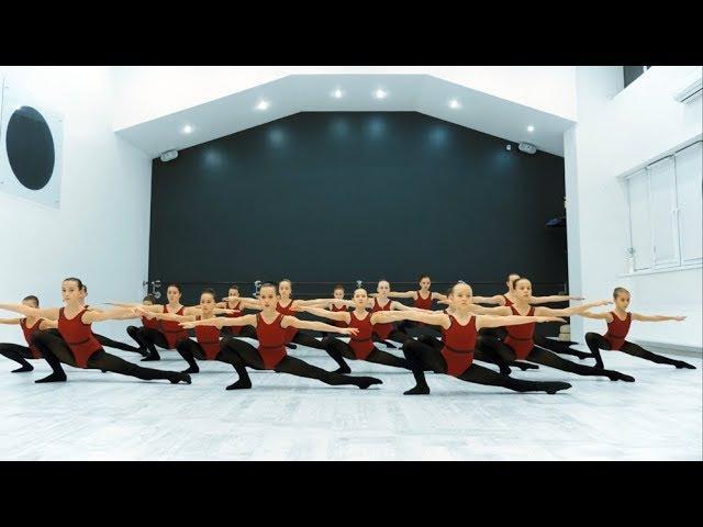 Урок Модерн Джаз танца преподаватель Кристина Шишкарева