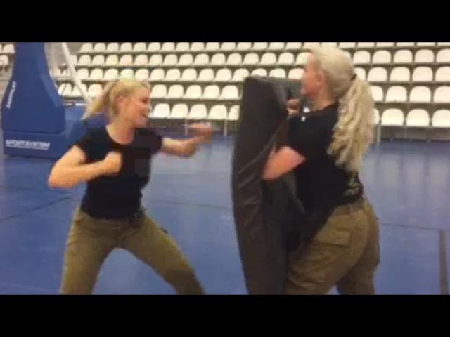 Israeli women soldiers fitness training IDF Israel Defense Forces girls female krav maga
