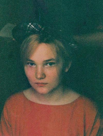 Анна Дорошенкова
