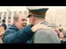 Как Европа реагирует на появление Гитлера... Интересно, как долго он смог бы ходить по России?