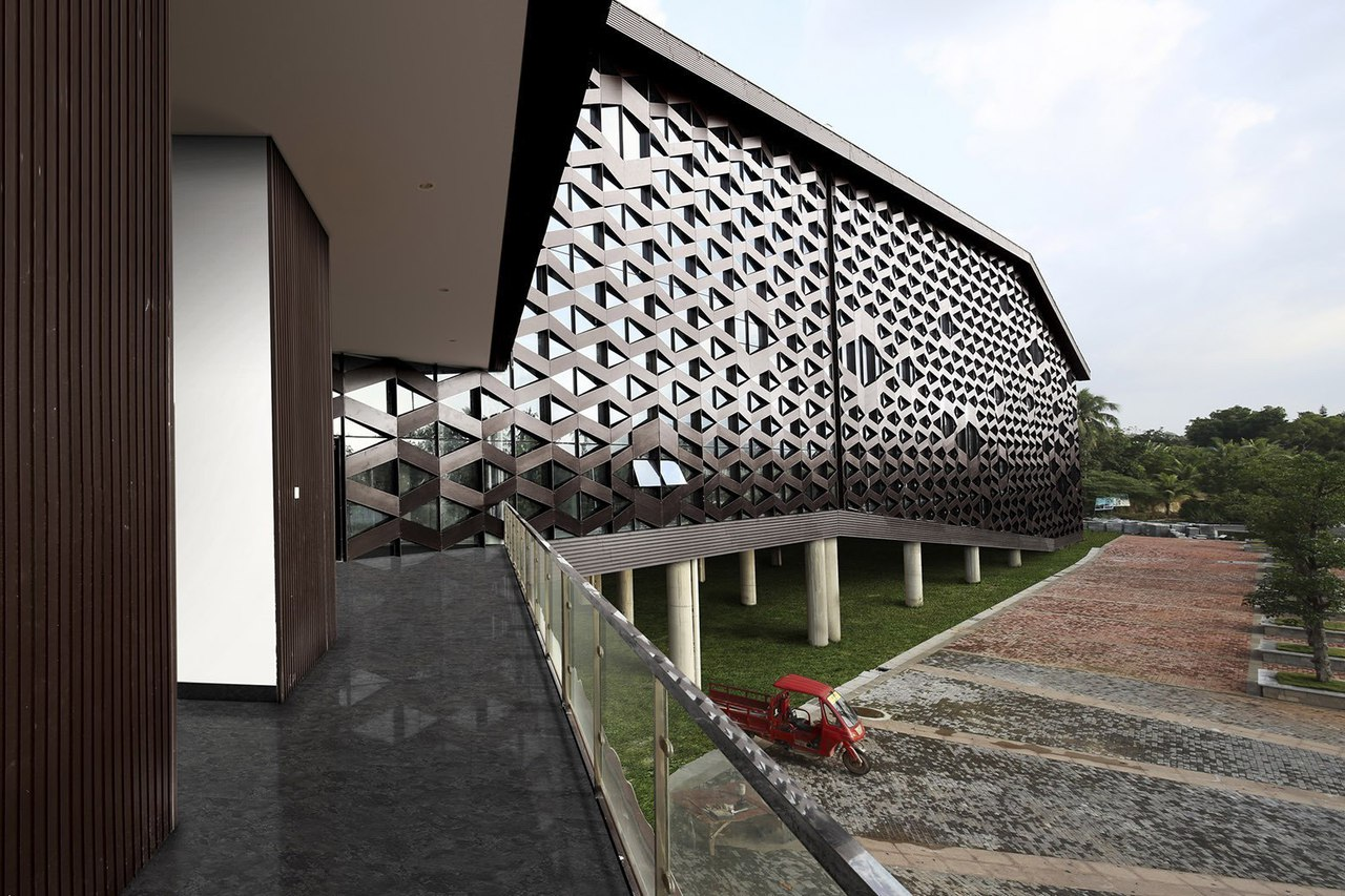 Xinglong Visitor Center / Atelier Alter