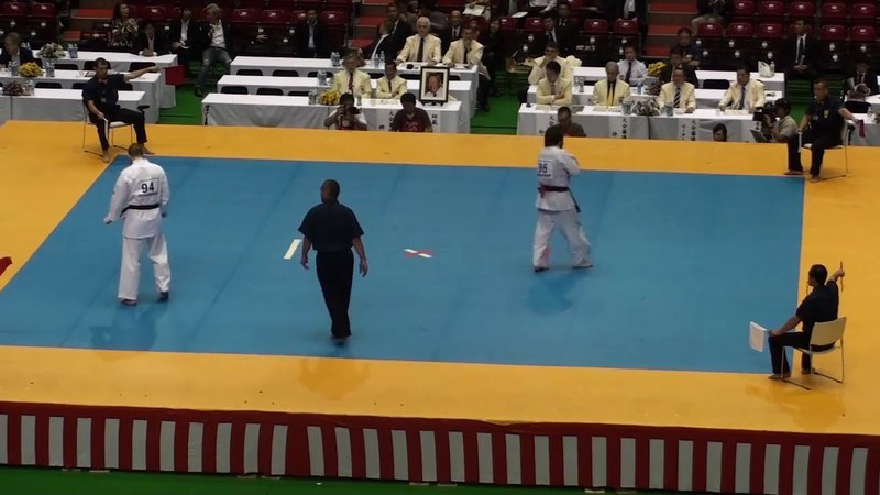 Tariel Nikoleishvili vs James Eades @ 10th World Open Kyokushin Karate Tournamen