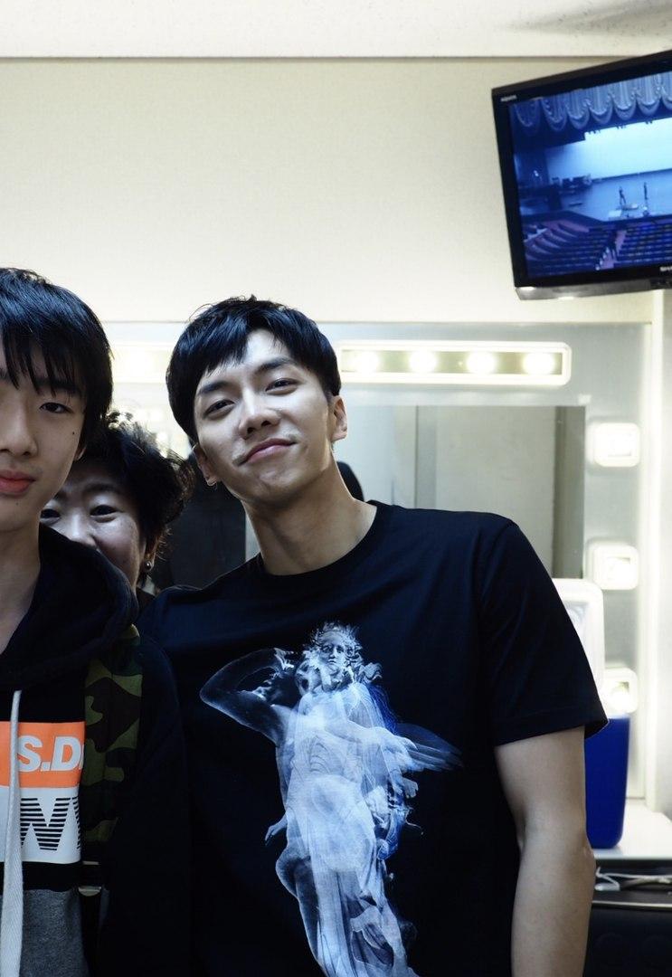 Ли Сын Ги / Lee Seung Gi / Жабик / Сыня - Страница 4 EFGr98J6MJw
