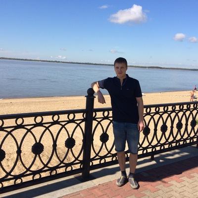 Максим Арсентьев