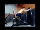 Разведения ног полусидя