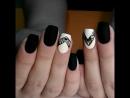 Матовая красота для Насти 😙 В такую погоду не хочется всяких там цветочков геометрия самое то😉 ногти маникюр гельлак ш