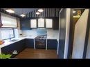 Дачный ответ : Кухня сложной конструкции с лестницей, столовой зоной и диваном