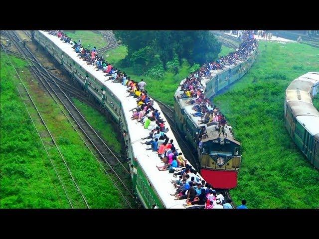 Rare Meter Gauge Broad Gauge Train crossing / Ekota Express Train Dewanganj Express Train
