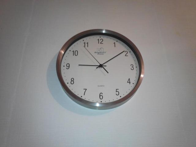 Удобные Часы, или кто ворует наше время и деньги? - видео с YouTube-канала Start Android