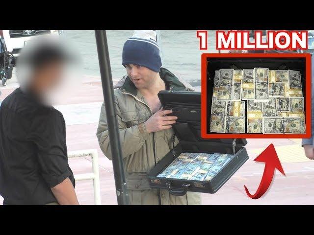 Homeless Billionaire Exposes Restaurant!(1 MILLION DOLLARS)