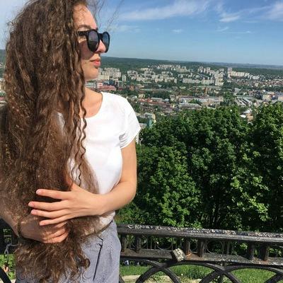 Олеся Полянська