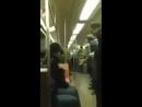 Крутой батл саксофонистов в метро