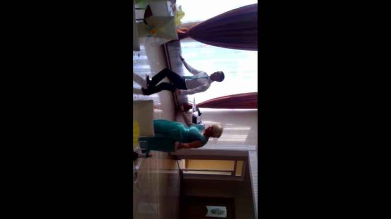 танец мамы с сыном