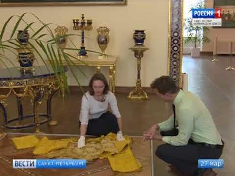 В Екатерининском дворце знаменитый Лионский зал вновь украсили лазуритовые порталы