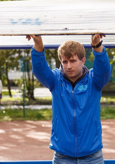 Никита Савёлов