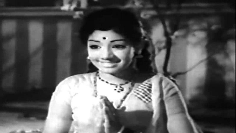 Engal Kula Deivam - Baby Sridevi Praying to Nagamma