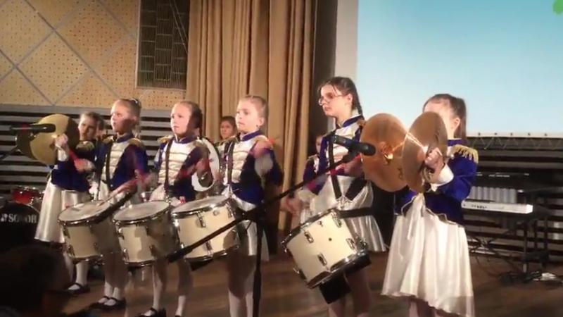 Оркестр расцветающих барабанщиц Маршаньетки - Поппури Питерского рок-клуба