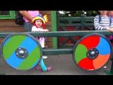 Детский парк Аттракционов Настя во Франции Катаемся на каруселях в гостях у Астерикса Влог для детей