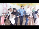 Танец с мамами в младшей группе