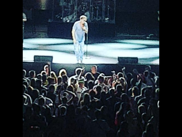 """Ekaterina Nizharadze on Instagram: """"Григорий Лепс ❤😎✌ Я поднимаю руки 😍😍😍🇬🇪✔ грандиозный незабываемый прекрасныйвечер концерт отп оченьжовольна"""""""