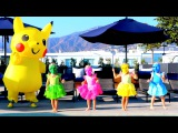 Learn colors with Pokemon pikachu & funny babies jumping in Pool Popular baby color's song for kids