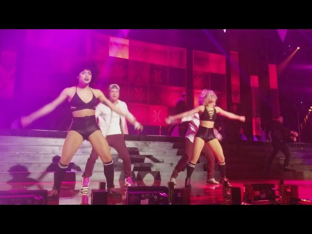 Backstreet Boys - We've Got It Going On - iHeart Radio Jingle Ball - Toronto - December 9th 2017.