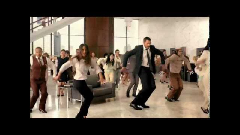Liptons Ice Tea - Hugh Jackman (танец в отеле)