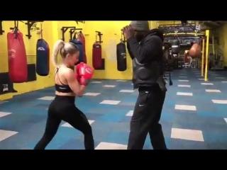 DA boxing school Maria Rose one to one training
