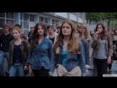 17 девушек (2011) @ Американский трейлер