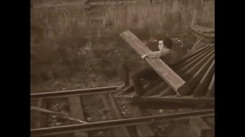 Jethro Tull ~ Locomotive Breath { Music Video}