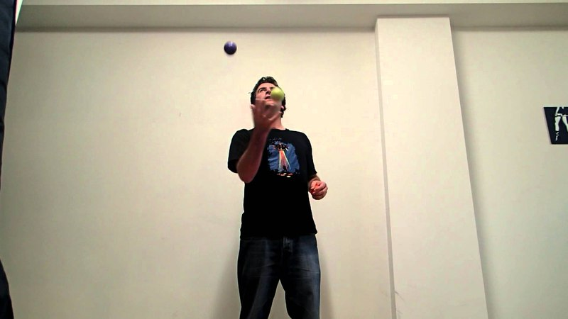 101 Juggling Tricks Tutorial 31 2 ball side smasher