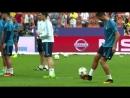 Neymar vs Cristiano Ronaldo ● Crazy Freestyle Skills Tricks
