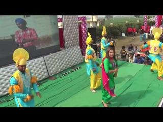 Beautiful Punjabi Girl Mandy Grewal New Dance Live __ Superhit Punjabi Dance ( 720 X 1280 ).mp4