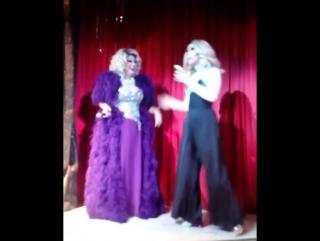 Заза Наполи и Рокси Харт - Артистка , которая бухает на сцене-уволена !