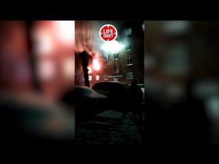 Первые минуты после взрыва в омской пятиэтажке