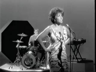 Propellerheads feat_ Miss Shirley Bassey - History Repeating(1)