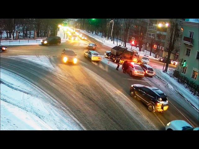 ДТП в Серпухове Врезался в мусоровоз видео со звуком 18 января 2018г