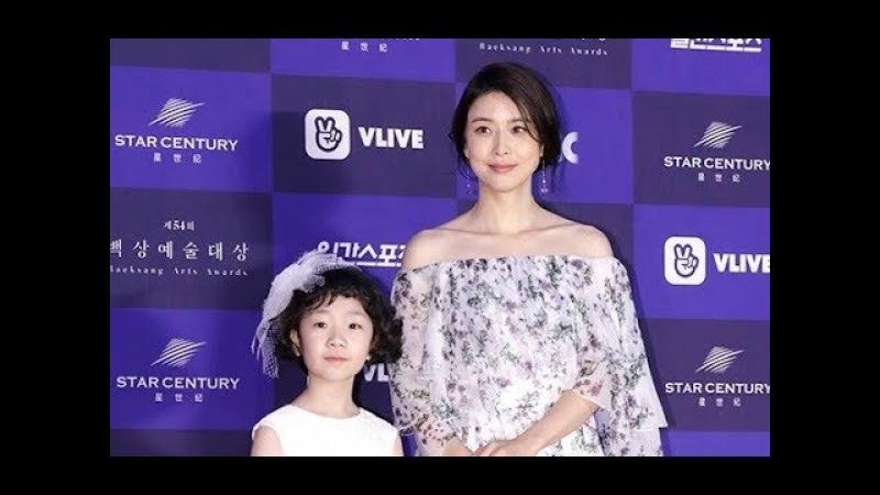 [POP영상]'마더'이보영X허율,모녀케미로 빛낸 레드카펫