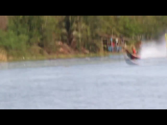Boatless Thai drag boat