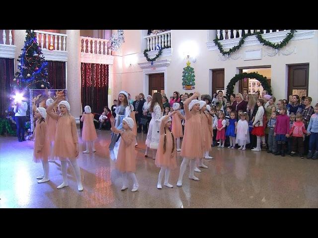 В Копейске прошла рождественская елка (сюжет Инсит-ТВ)