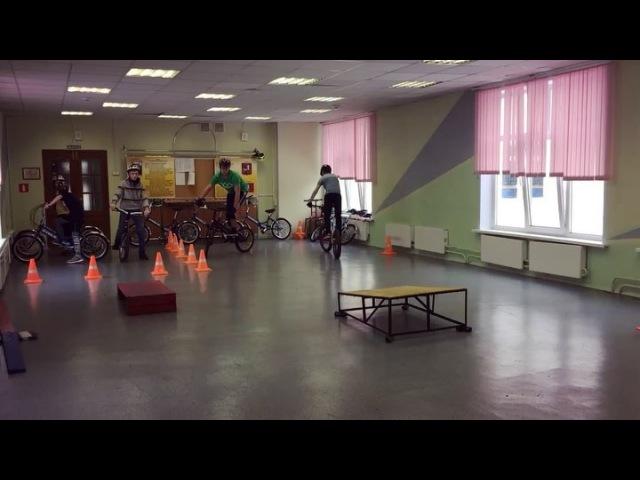 """Школа pro-trial on Instagram: """"Секция велотриала с 8 лет. Тестируем новый стол и увеличиваем преодолеваемую высоту. велотриал велосипед беговел ..."""