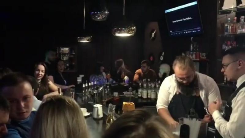 Сегодня будет самая незабываемая ночь, самые вкусные коктейли и конечно же море эмоций❗️💃🔥