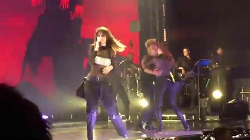 Selena Gomez Revival Tour - Me And My Girls Live in Singapore