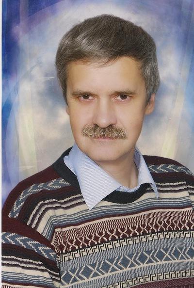 Михаил Чекмарёв