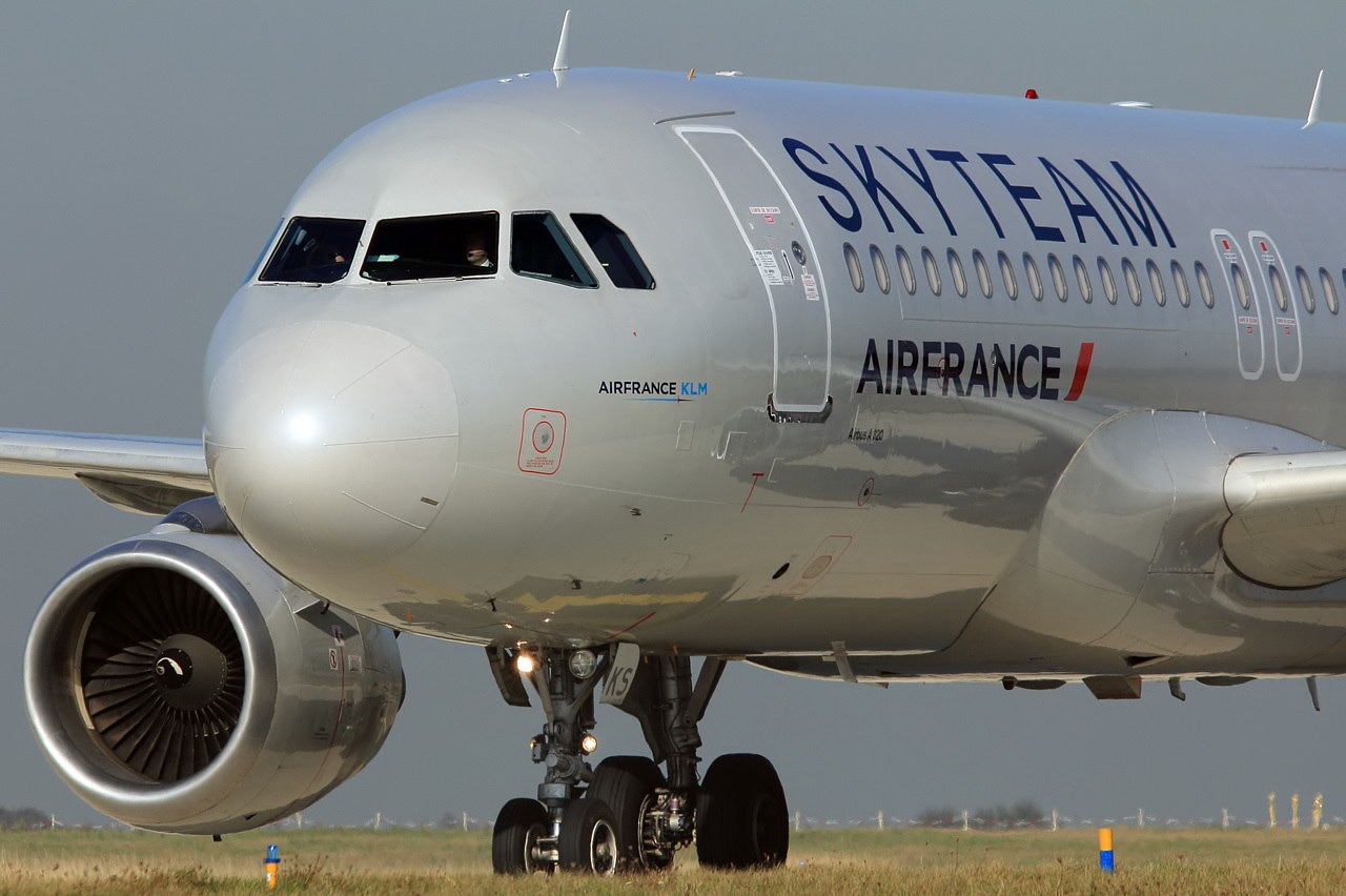 Лайнер Air France в ливрее альянса