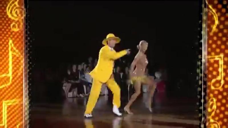 Очень красивый танец и как они классно танцуют
