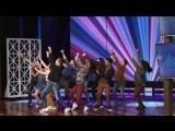 Шон Хейс начал шоу обалденным танцем