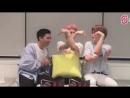 Джонни, Тэён и Джехён пытаются сделать сердечко