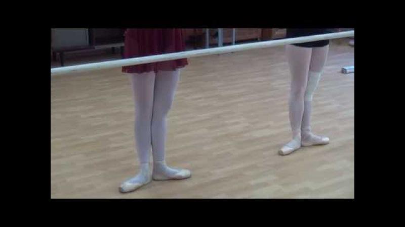 13 08 2014 Tver Youth Ballet Академия СК Балета. Урок пуанты bettement tendu из 1 ой позиции